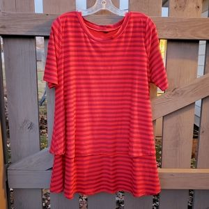 Agnes and Dora Tiered Tunic Size XL Red
